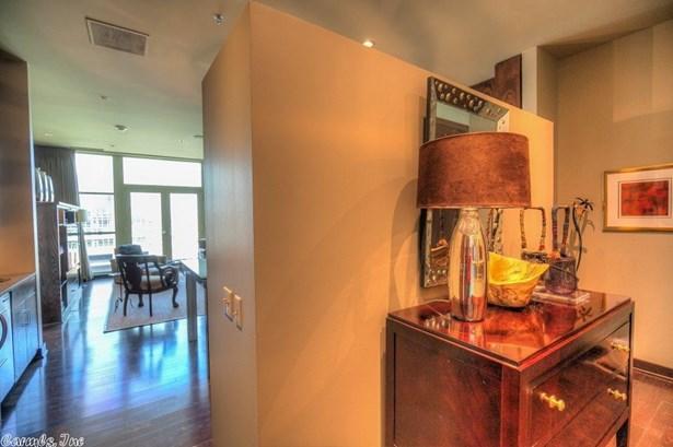 Traditional,Contemporary, Condo/Townhse/Duplex/Apt - Little Rock, AR (photo 3)
