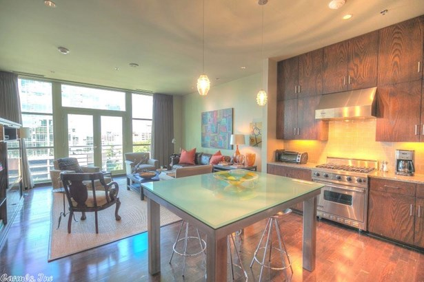 Traditional,Contemporary, Condo/Townhse/Duplex/Apt - Little Rock, AR (photo 5)