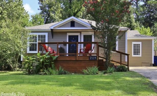 Traditional,Bungalow/Cottage, Detached - Little Rock, AR (photo 1)