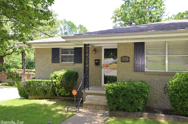 Traditional, Detached - Little Rock, AR (photo 3)