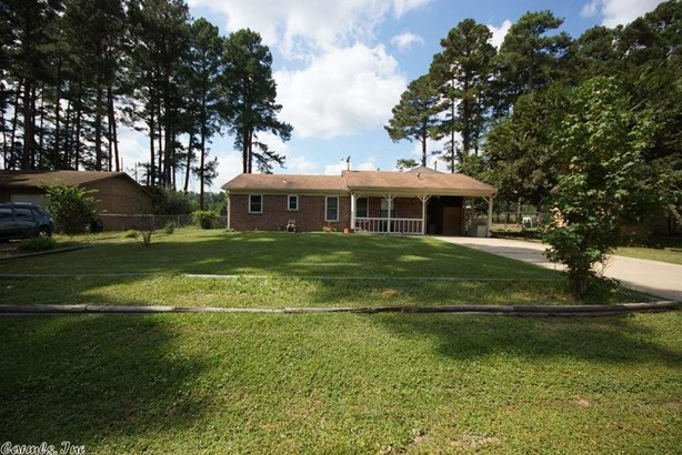 Traditional, Detached - Shannon Hills, AR (photo 1)