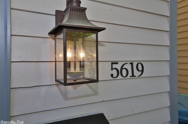Traditional,Colonial,Townhouse, Detached - Little Rock, AR (photo 4)