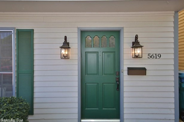 Traditional,Colonial,Townhouse, Detached - Little Rock, AR (photo 5)