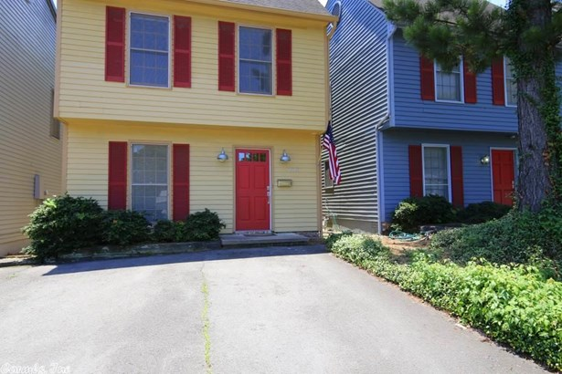 Traditional,Colonial, Detached - Little Rock, AR (photo 2)