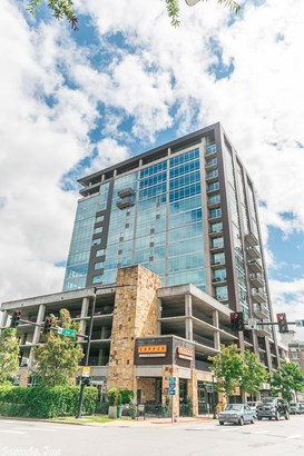 Traditional,Contemporary, Condo/Townhse/Duplex/Apt - Little Rock, AR