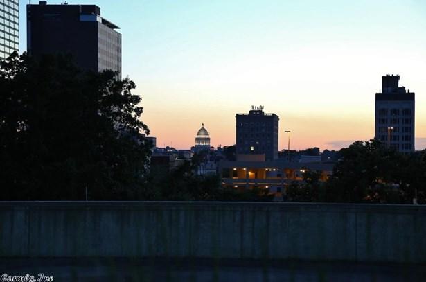 Contemporary, Condo/Townhse/Duplex/Apt - Little Rock, AR (photo 4)