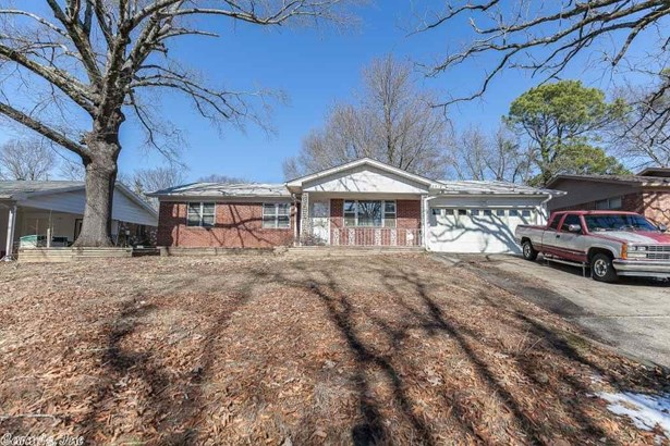 Traditional,Ranch, Detached - Little Rock, AR (photo 2)