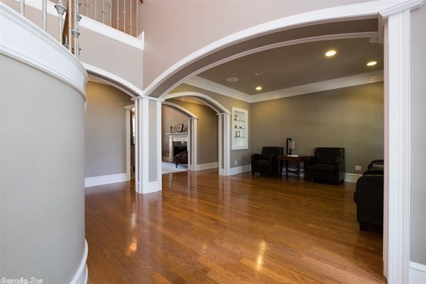 Traditional,Colonial, Detached - Little Rock, AR (photo 5)