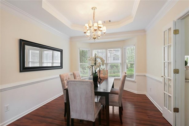 Residential Detached, Traditional - Dunwoody, GA (photo 5)