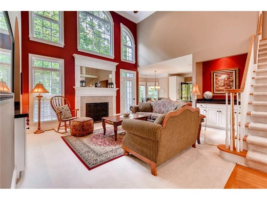 Residential Detached, Traditional - Acworth, GA (photo 5)