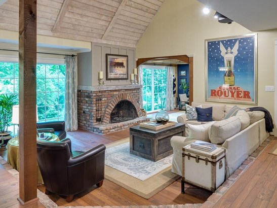 Residential Detached, Traditional - Marietta, GA (photo 4)