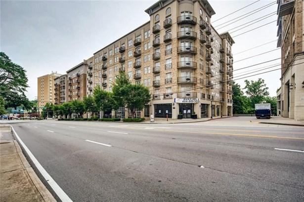 High Rise (6 or more stories), Condominium - Atlanta, GA