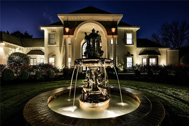 Single Family Residence, European - Atlanta, GA