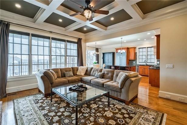Single Family Residence, Cluster Home,Traditional - Atlanta, GA
