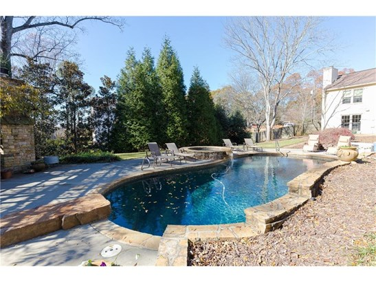 Residential Detached, Traditional - Roswell, GA (photo 5)