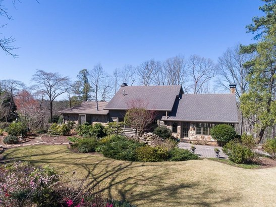 Rustic,Traditional, Residential Detached - Sandy Springs, GA (photo 1)