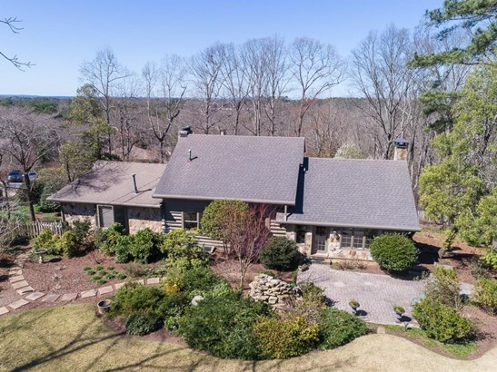 Rustic,Traditional, Residential Detached - Sandy Springs, GA (photo 3)