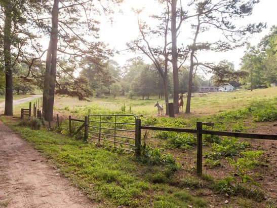 Cabin,Rustic, Land - Woodstock, GA