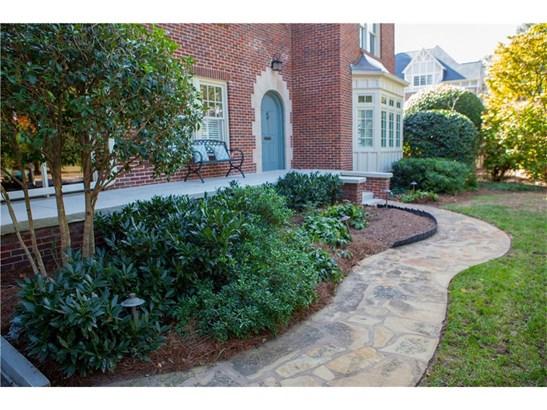 Tudor, Residential Detached - Atlanta, GA (photo 4)