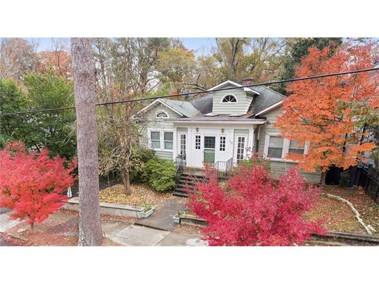 Bungalow,Traditional, Residential Detached - Atlanta, GA (photo 1)
