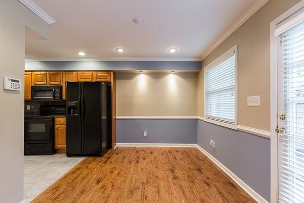 Townhouse, Condominium - Decatur, GA (photo 5)