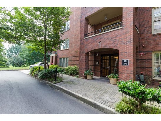 Attached, Mid-Rise (up to 5 stories) - Atlanta, GA (photo 1)