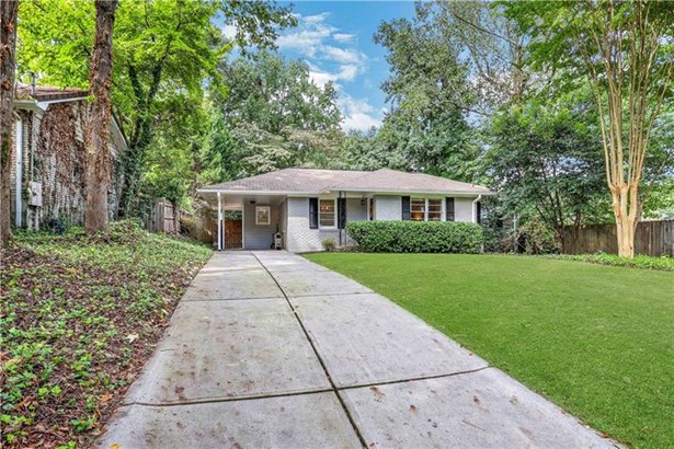 Ranch,Traditional, Single Family Residence - Brookhaven, GA