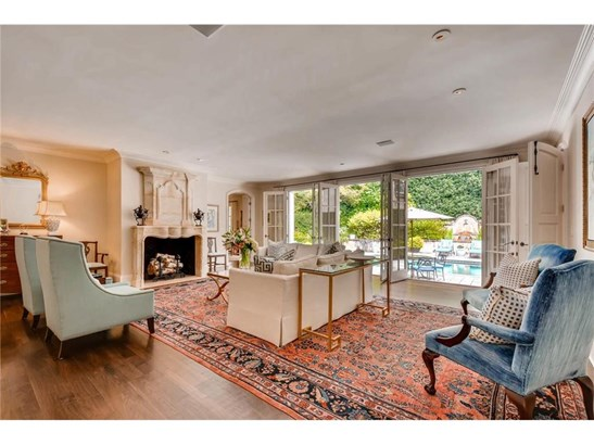 Residential Detached, French Provncial,Traditional - Atlanta, GA (photo 3)