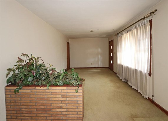 Ranch, Residential Detached - Decatur, GA (photo 5)