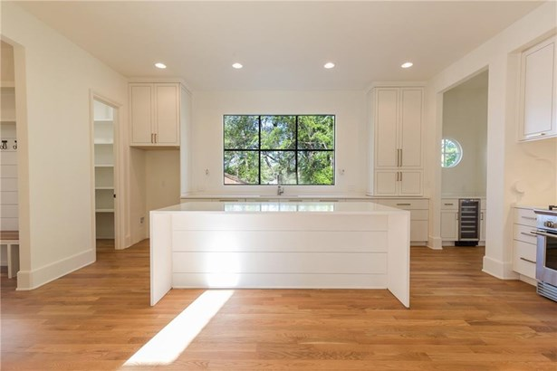 Residential Detached, French Provncial,Traditional - Smyrna, GA (photo 3)