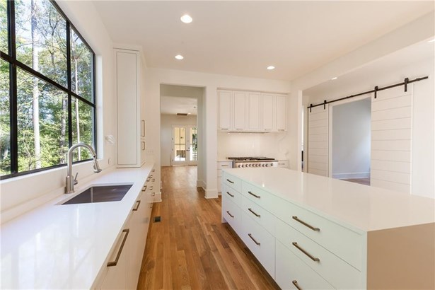 Residential Detached, French Provncial,Traditional - Smyrna, GA (photo 5)
