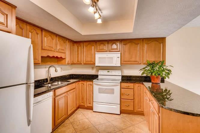 Traditional, Built As Condominium - Peachtree Corners, GA (photo 4)