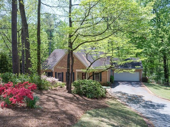 Residential Detached, Traditional - Decatur, GA (photo 3)