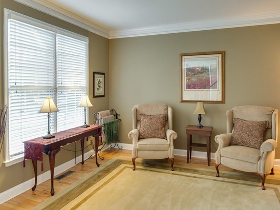 Colonial,Traditional, Residential Detached - Acworth, GA (photo 4)