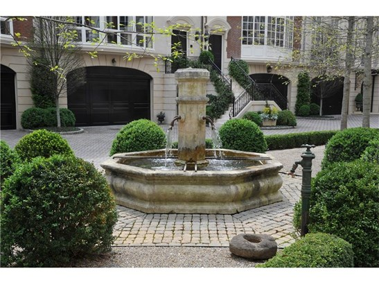 European,Townhouse,Traditional, Built as Townhouse - Atlanta, GA (photo 1)