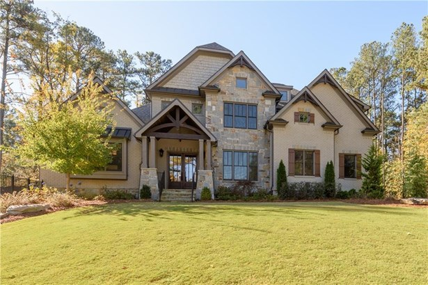 Residential Detached, Traditional - Sandy Springs, GA (photo 1)