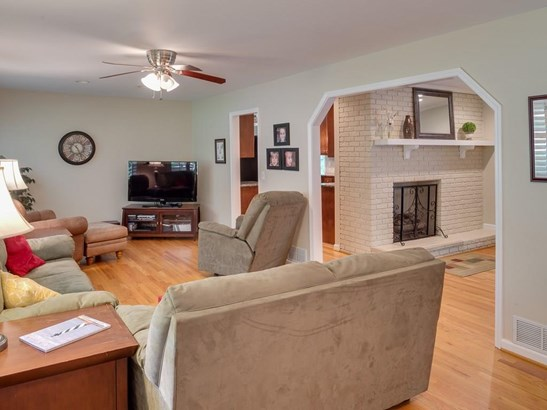 Ranch,Traditional, Residential Detached - Decatur, GA (photo 2)