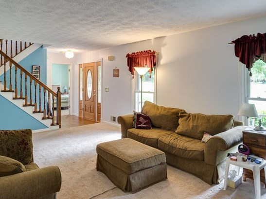Residential Detached, Cape Cod,Traditional - Woodstock, GA (photo 4)