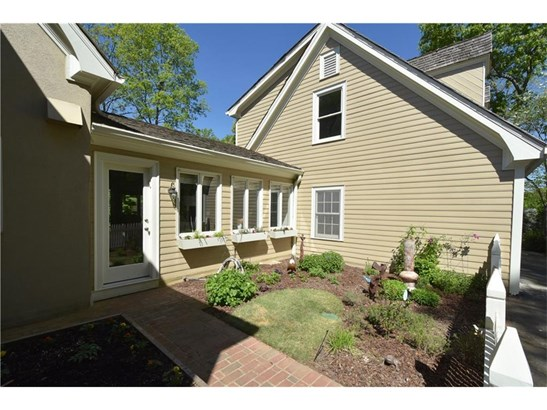 Residential Detached, Cape Cod,Traditional - Sandy Springs, GA (photo 4)