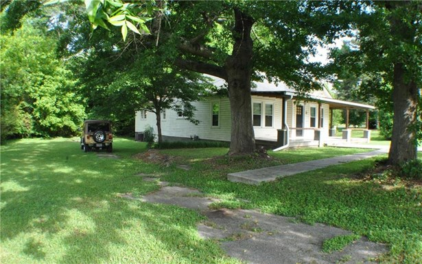 Residential Detached, Cottage,Other - Fairburn, GA (photo 2)