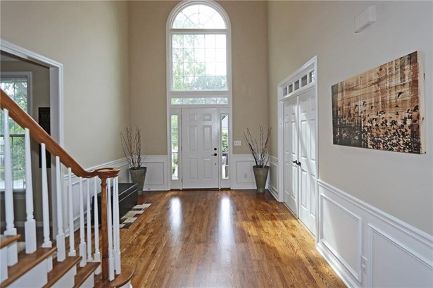 Residential Detached, Traditional - Johns Creek, GA (photo 5)