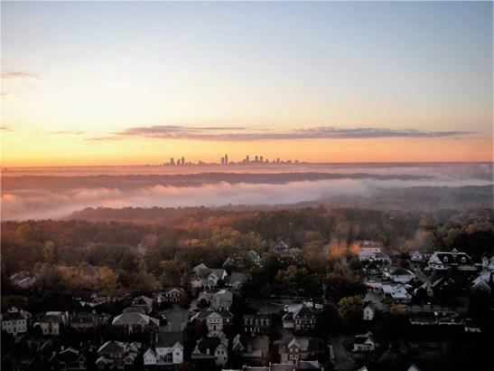 High Rise (6 or more stories), Built As Condominium - Atlanta, GA (photo 2)