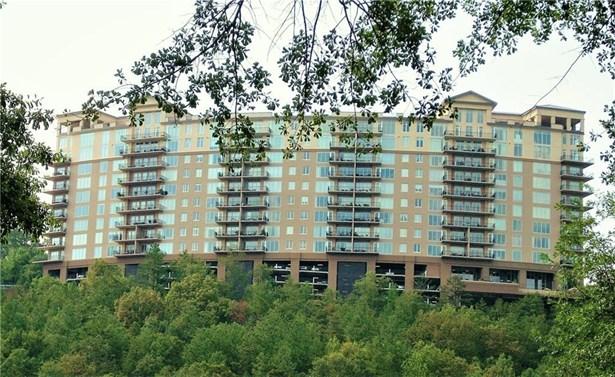 High Rise (6 or more stories), Built As Condominium - Atlanta, GA (photo 5)