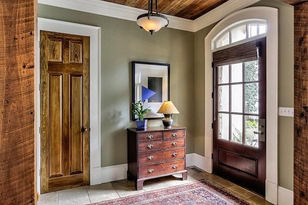 European,Traditional, Residential Detached - Atlanta, GA (photo 4)
