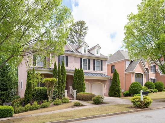 Residential Detached, Traditional - Peachtree Corners, GA (photo 2)