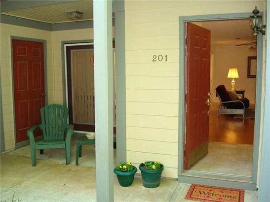 Garden (1 Level),Traditional, Built As Condominium - Sandy Springs, GA (photo 1)