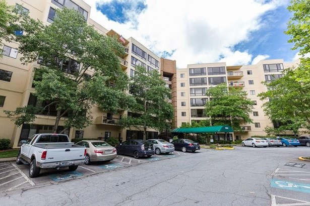 High Rise (6 or more stories), Condominium - Decatur, GA (photo 4)