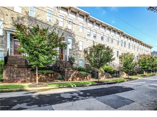Attached, Townhouse,Traditional - Atlanta, GA (photo 2)