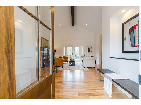 Contemporary/Modern,Traditional, Residential Detached - Brookhaven, GA (photo 3)