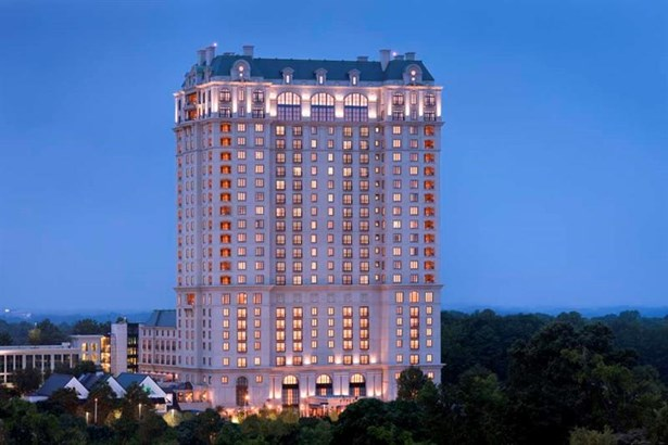 Condominium, European,High Rise (6 or more stories) - Atlanta, GA